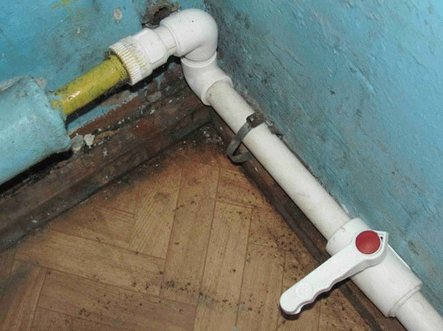 Ремонт пластиковых труб водоснабжения своими руками